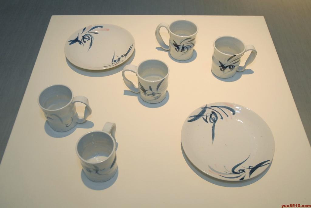 浅井微芳の陶磁器作品